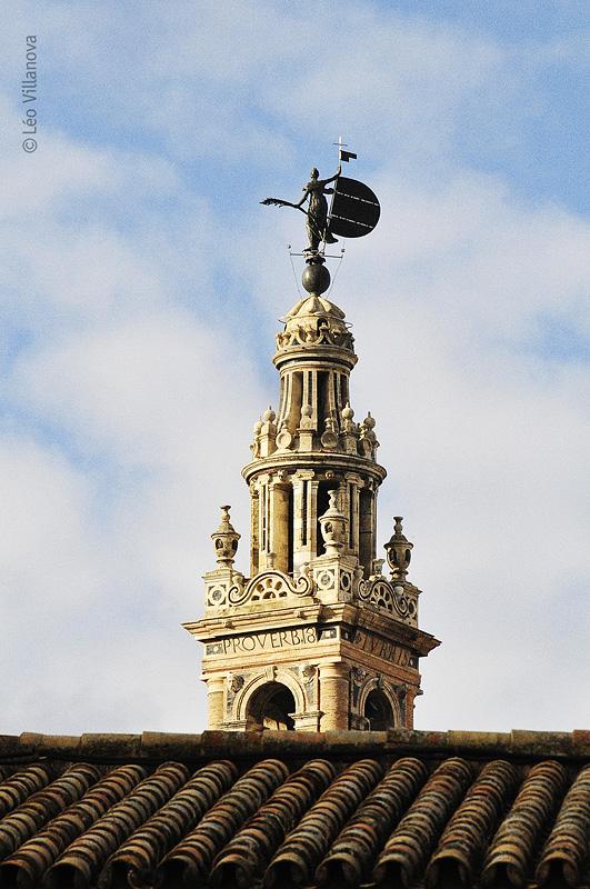 - La Giralda - ponta da torre 800