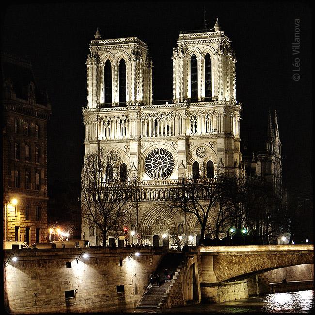 - Paris - Notre Dame