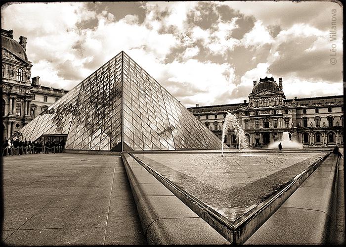 - simetria