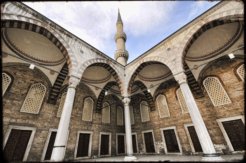 Istanbul - The Blue Mosque 03